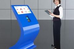 Infokiosk multimedialny z terminalem płatniczym