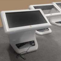 Infokiosk Domexpo 42 cale z ekranem dotykowym wykonany z włókna szklanego