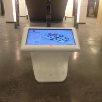 Infokiosk multimedialny z ekranem dotykowym z włókna szklanego