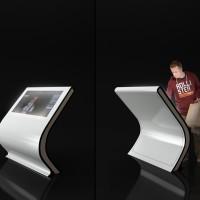 Kiosk stand z ekranem dotykowym Blist