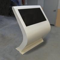 Infokiosk Wayfinder Blist z ekranem dotykowym wykonany z włókna szklanego