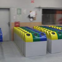 śmietniki pojemniki kosze do segregacji odpadów