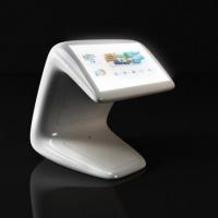 Kiosk multimedialnyz mapą interaktywną z włókna szklanego
