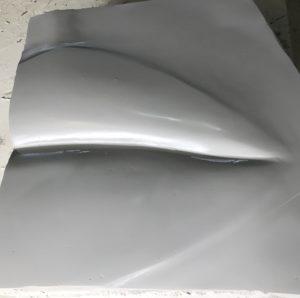 usta z włókna szklanego pomalowane lakierem podkładowym